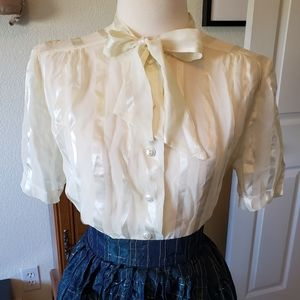 Vintage off white sheer short sleeve blouse